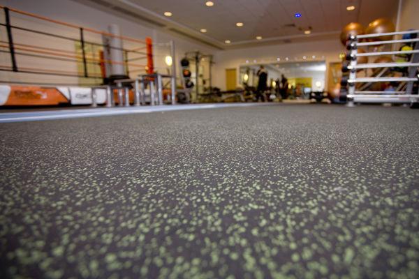 Pavimento gimnasios suelos de caucho para gimnasios - Suelo gimnasio ...